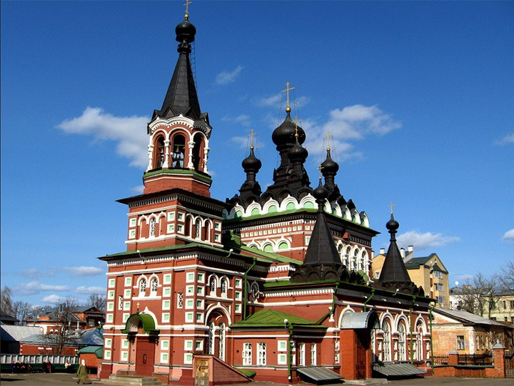Hostel Dostoevsky Kirov - Churches in the center of Kirov