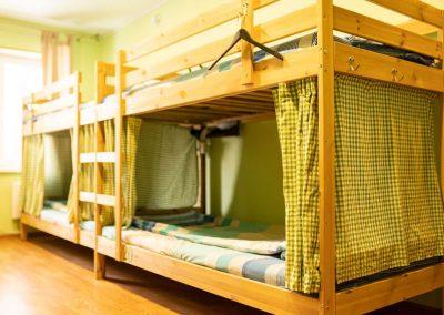 hd-hostel-kirov-mens-6-bed-room-3